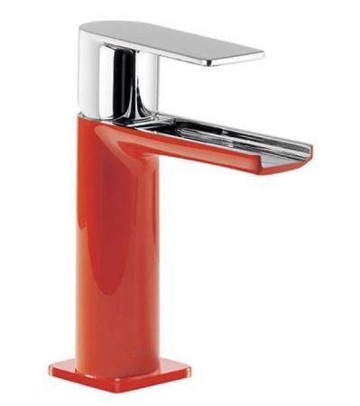 TRES - Umývadlová jednopáková batéria ramienko s otvoreným vodopádom. POZNÁMKA: Batéria typu vodopádu je doplnená dvoma Regulačné (20011001RO)